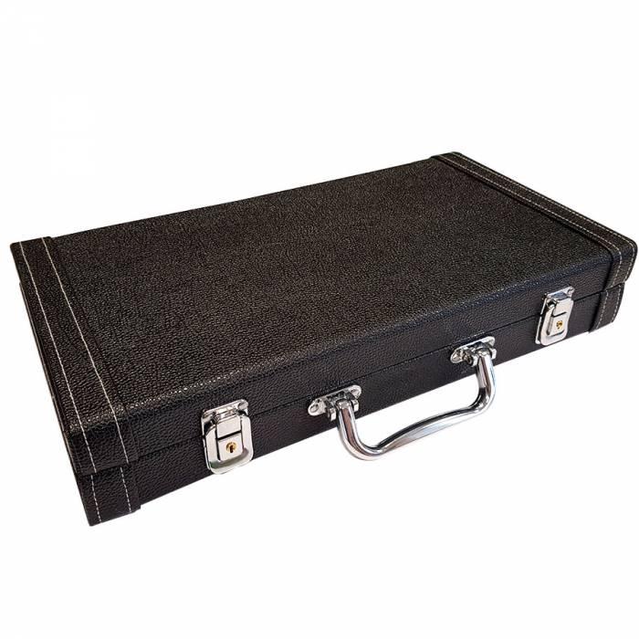 """Mallette de rangement """"LEATHER 300"""" pour 300 jetons de poker simili cuir – intérieur bois -  2 fermoirs à clés"""